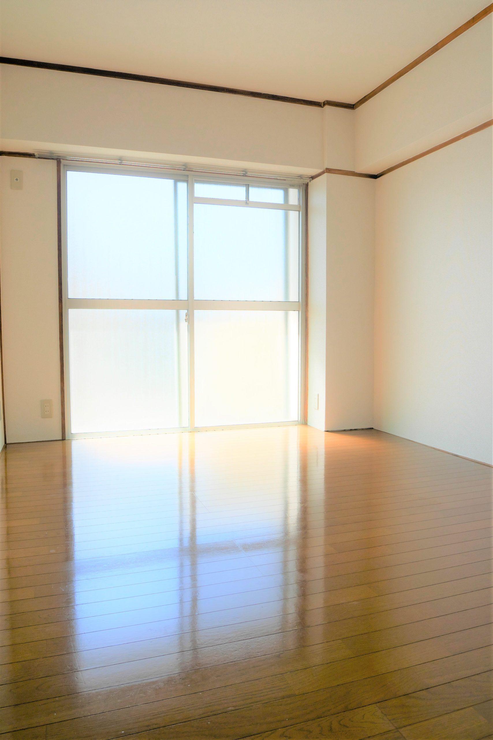 マンション桜本町 401号室